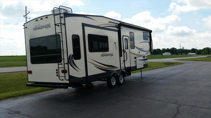 Fourwinds RV - RV Sales - Maroa, IL - Thumb 5