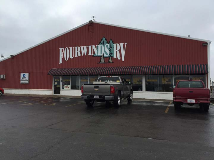 Fourwinds RV - RV Sales - Maroa, IL - Thumb 1